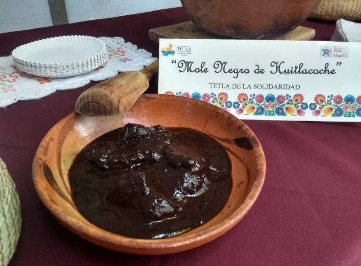 mole negro, huitlacoche, Tetla, Tlaxcala, Maleta de Viajes, gastronomía,