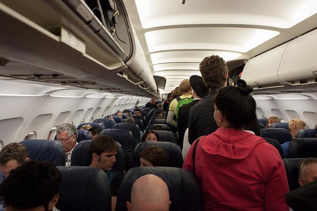 avión, vuelo, Maleta de Viajes, turismo, aventura, hotel, vacaciones, Expedia, pasajeros