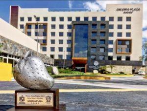 Grupo Brisas, Galería Plaza Irapuato, presea Fresa Platino, TripAdvisor, Asociación de Hoteles, turismo, hoteles, viajes, Maleta de Viajes