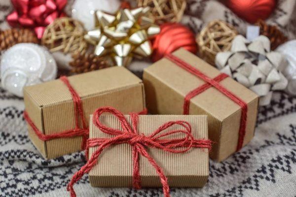 Maleta de Viajes, cena, viajes, turismo, Navidad, Maleta Ahorro, gasto, regalos
