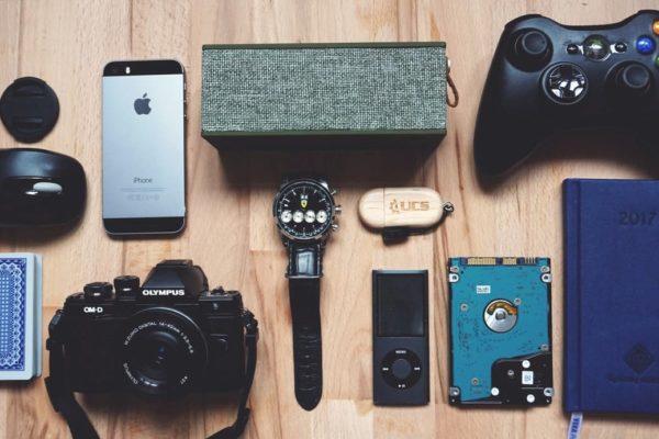 maleta de viajes-maleta-maleta tech-tecnologia-gadgets-xiaomi-amazon-viajes-proyector-usb-compras-viajes