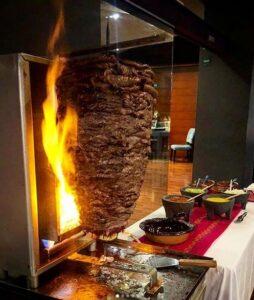 #LaSirloineriaMx, #ElSirloinEsMiPastor, La Sirlonería, pandemia, covid 19, Iluminando con Amor, tacos de sirloin, tacos de pastor, tacos en San Miguel Chapultepec, Maleta de Viajes