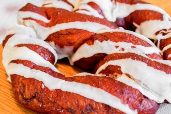 Maleta de Viajes, Baúl Gastronómico, viajes, turismo, aventura, dona pretzel, Stan's Donuts