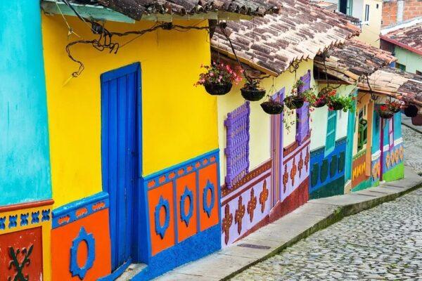 Maleta de Viajes, Internacional, viajes, turismo, aventura, Colombia, ACTUAL