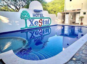 Vive unas vacaciones increíbles en Huatulco en el hotel Xestal