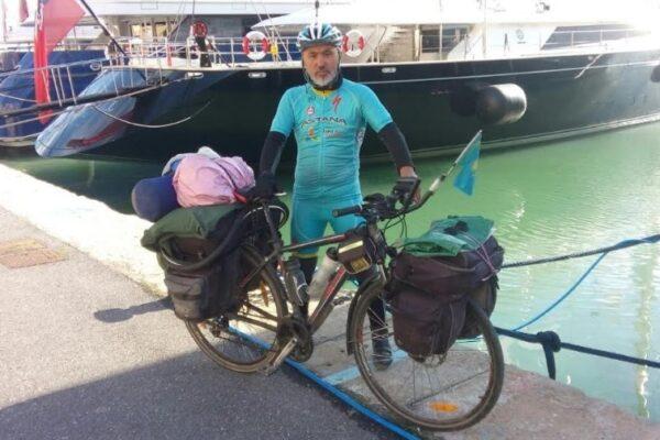 Maleta de Viajes, Maleta Deportiva, viajes, turismo, aventura, Kazajstán