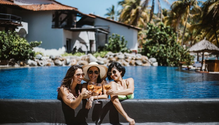 Maleta de Viajes, Hoteles, viajes, turismo, aventura, Ixtapa Zihuatanejo, Thompson