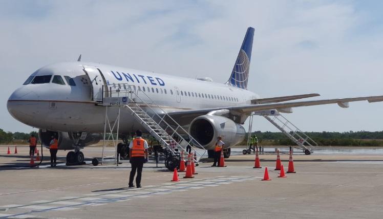 Maleta de Viajes, viajes, turismo, estados, Ixtapa Zihuatanejo, Viva Aerobus, Sun Country, United Airlines, Air Canada