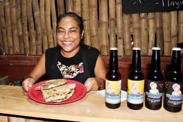 Maleta de Viajes, turismo, Oaxaca, La Oaxaqueña, Mazunte, Baúl Gastronómico, comida típica