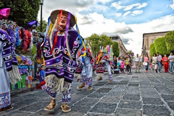 museo franz mayer-maleta de viajes-maleta-museo-cultura-patrimonio-méxico-conferencias-exhibición