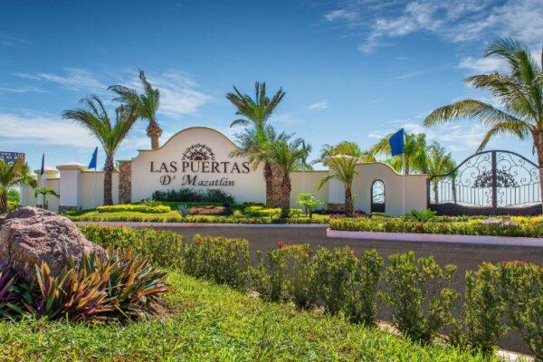 Maleta de Viajes, Hoteles, viajes, turismo, aventura, industria inmobiliaria, Grupo Aries