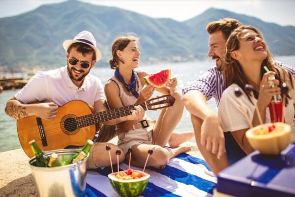 Maleta de Viajes, Hoteles, viajes, turismo, aventura, Assist Card, amigos