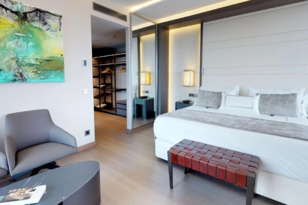 Maleta de Viajes, Hoteles, viajes, turismo, aventura, VP Plaza España