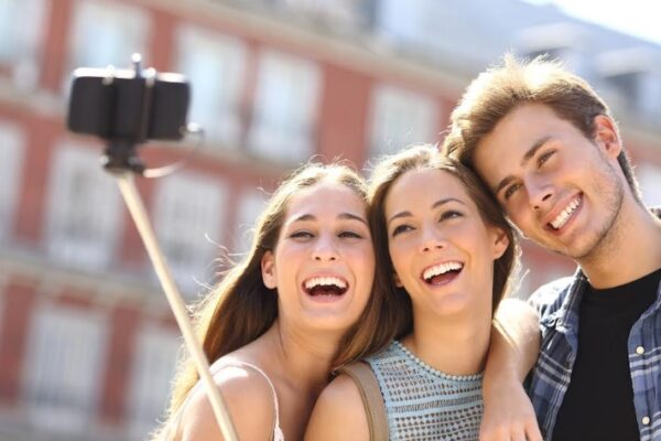 Maleta de Viajes, Hoteles, viajes, turismo, aventura, Millennials, Centennials, Assist Card